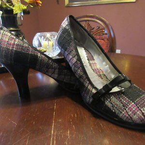 💗 Pink-Grey-Black Plaid Mary Jane Heels - 7.5 M